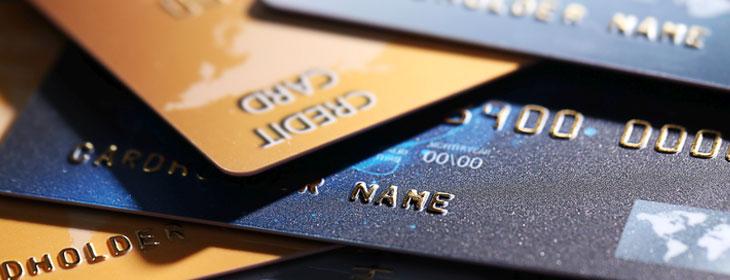 Il existe généralement de nombreuses raisons qui emmènent les emprunteurs à substituer leurs crédits en cours par un seul et unique crédit consolidé.